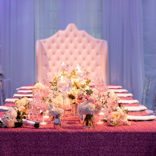 Le_Monarque_honour_table