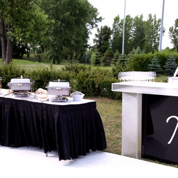 outdoor_buffet